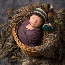 Newborn Photo Sample -- 2018-05-10