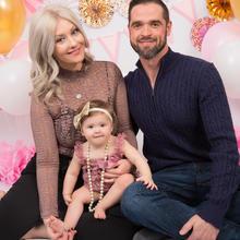 Family Photo Sample -- 2019-02-10