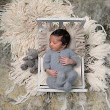 Newborn Photo Sample -- 2021-10-02