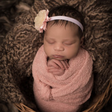 Newborn Photo Sample -- 2018-04-04